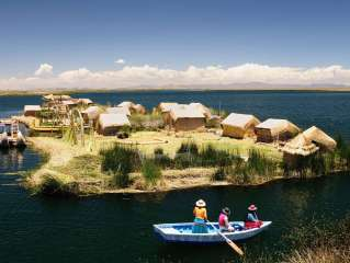 Lake Titicaca and its floating islands!